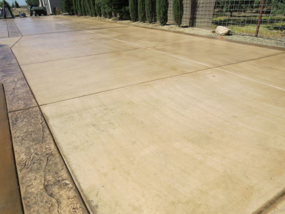 this picture shows laguna niguel concrete driveway